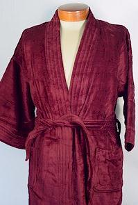 #289319. 2XL BIG. BURGUNDY Retail $  99.00 Robes by STATE-O-MAINE. TERRY SOLID VELOUR Whs A:  5 FW:  1