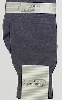 #158608.  . GREY Retail $  10.00 King Sized Socks by BRUNO PIATTELLI. SOLID KING SIZE Whs A:  4