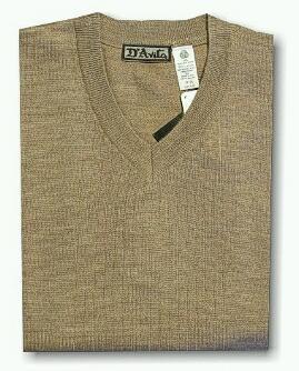 #043582. XL BIG. TAUPE Retail $  59.00 Sweaters by D'AVILA. MERINO VNECK DROPNDLE Whs:  1,
