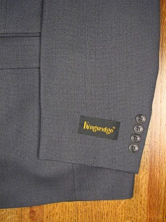 #211703. 52 P-LG. NAVY Retail $ 399.00 Clothing/Suits by AUSTIN REED. HERRINGBONE / PLEAT FW:  1