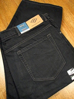 #127859. 52 34. BLACK Retail $  98.00 Cotton Jean by JOSEPH ABBOUD. CLASSIC 5-POCKET JEAN FW:  1