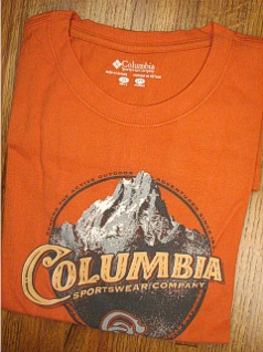 #059912. XL BIG. RUST Retail $  30.00 Short Slv Graphic Tee by COLUMBIA SPORTSWEAR. MOUNTAIN TIME TEE Whs A:  1