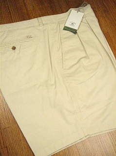 #260242. 50 REG. KHAKI Retail $  72.00 Shorts by CUTTER BUCK. CLASSIC TWILL PLEAT <font face=arial size=2><BR>Special Order Item.</font> <B>Item stocked by Manufacturer.  Allow up to 3 weeks for delivery.</B>