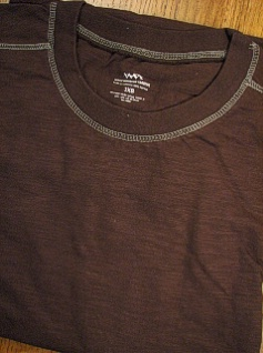 #016823. 2XL BIG. CHOCOLAT Retail $  26.00 Short Slv No Pocket by WHITE MOUNTAIN. SLUB CREW STITCH TRIM Whs:  2,FW:  1,