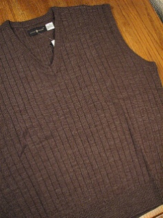 #343413. 3XL TALL. HT BROWN Retail $  36.00 Sweaters by CTTON TRADERS. PULLOVER V-NECK VEST Whs A:  2