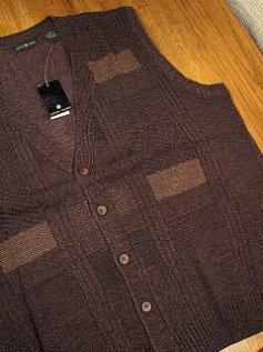 #334312. 2XL TALL. BROWN Retail $  64.00 Sweaters by CTTON TRADERS. CARDIGAN VEST Whs A:  1