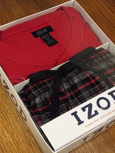 #016485. XL BIG. RED Retail $  45.00 Loungepant Sets by IZOD. WAFFLE HENLEY/PANT Whs A:  3 FW:  1