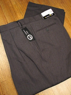 #144485. 58 REG. GRAY Retail $  69.00 Dress Pants by JONATHAN QUALE. EXPANDER GAB PLEAT FW:  1   <br><b>This item requires hemming.