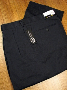 #221212. 60 REG. NAVY Retail $  69.00 Dress Pants by JONATHAN QUALE. EXPANDER GAB PLEAT Whs A:  1 FW:  1   <br><b>This item requires hemming.