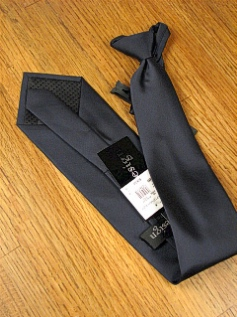 #236111.  . NAVY Retail $  28.50 Extra Long Ties by FX DESIGN. SOLID XLONG ZIP FW:  1