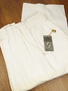 #347945. 42 . WHITE Retail $  55.00 Cotton Casual Pants by CREEKWOOD. ELASTIC TWILL IRR FW:  1