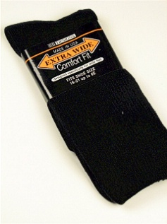 #317724.  . BLACK Retail $  10.00 King Sized Socks by EXTRA WIDE SOCK. ATHLETIC CREW KING Whs A: 15 FW:  5