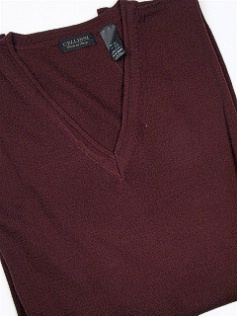 #002422. 2XL BIG. BURGUNDY Retail $  69.00 Sweaters by CELLINI. V-NECK MERINO BLEND FW:  1