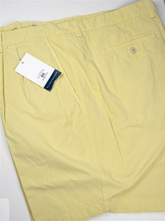 #036267. 52 . GOLD Retail $  92.00 Shorts by CUTTER BUCK. EASTLAKE PLEAT Whs:  1,