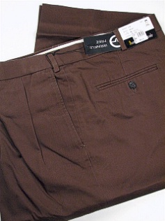 #183178. 42 36. ROOTBEER Retail $  69.00 Cotton Casual Pants by JONATHAN QUALE. PLEAT XPAND WRKLEFREE Whs A:  1