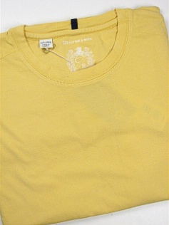 #090560. 4XL TALL. YELLOW Retail $  59.00 Short Slv No Pocket by CUTTER BUCK. LAID BACK WEEKEND TEE Whs A:  1