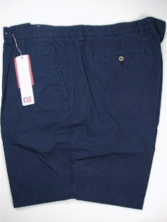 #212173. 52 . NAVY Retail $  92.00 Shorts by CUTTER BUCK. EASTLAKE SOLID PLEAT Whs:  1,