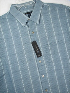 #016472. 2XL TALL. BLUE Retail $  40.00 Short Sleeve Updated by VAN HEUSEN. M-FIBER STRAIGHT HEM Whs:  1,