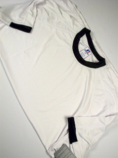 #127316. 2XL BIG. WHT/BLK Retail $  34.00 Dri Power Crew by RUSSELL. DRI-POWER RINGER TEE Whs A:  1