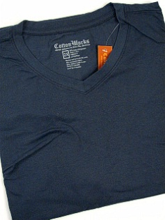 #055675. 2XL BIG. BLUE Retail $  28.00 Short Slv No Pocket by COTTON WORKS. SPANDEX V-NECK TEE Whs:  1,