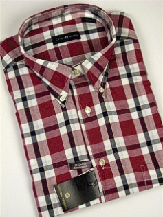 #042811. 4XL TALL. BURGUNDY Retail $  48.00 Short Sleeve by CTTON TRADERS. WRINKLE RESIST PLAID Whs A:  1