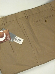 #033282. 52 . KHAKI Retail $  85.00 Shorts by CUTTER BUCK. COCONA LUXE HBONE Whs:  1,FW:  1,