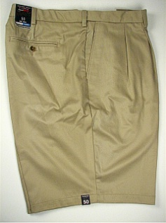 #037657. 54 . KHAKI Retail $  46.00 Shorts by ROUNDTREE YORK. EXPANDER PLEAT Whs:  2,FW:  2,